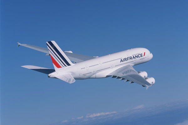 エールフランス航空(エアバスA380型機)