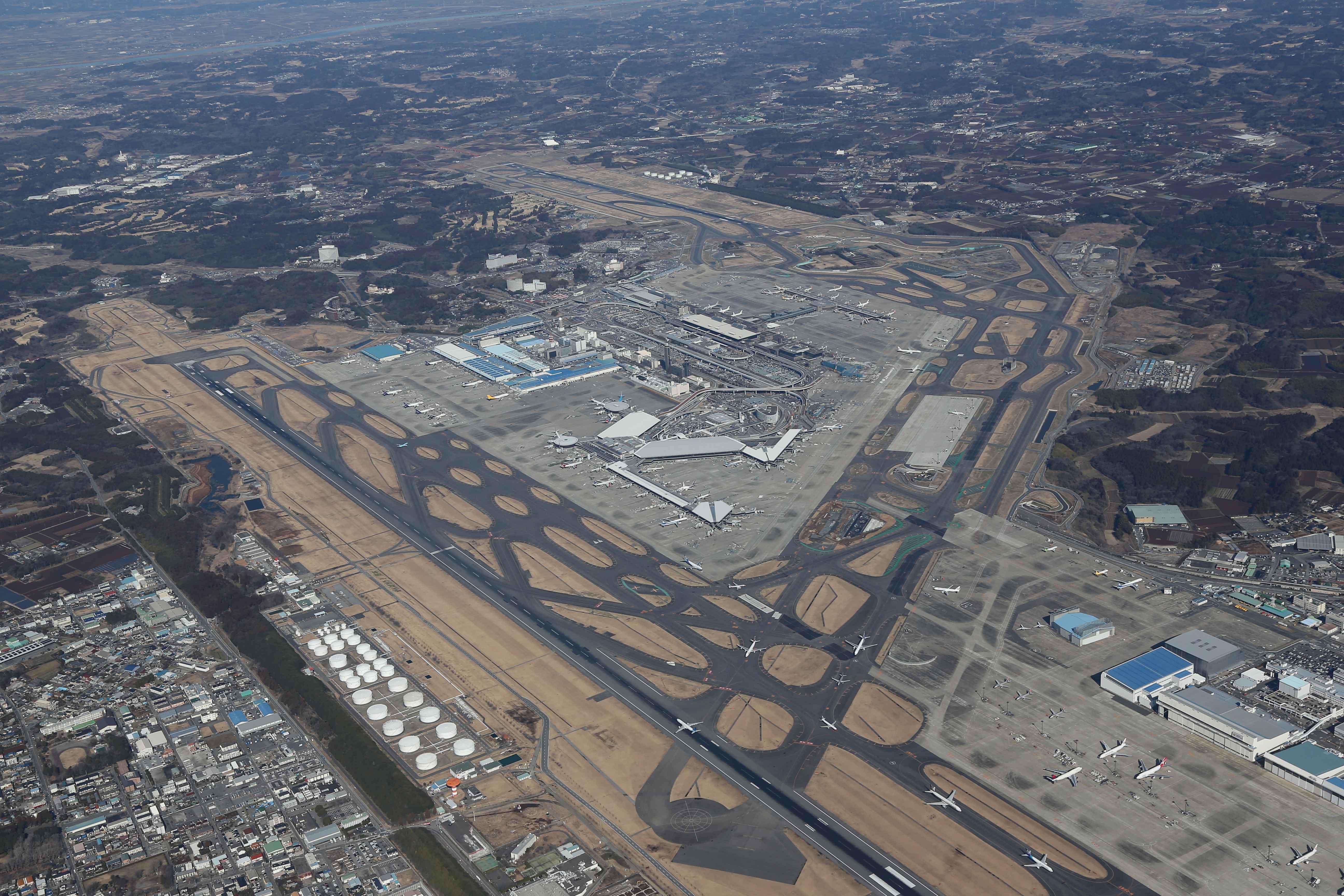 元反対派も新滑走路建設推進派に、成田空港のこれからの ...
