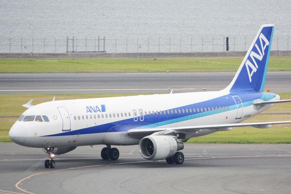 ANA(エアバスA320型機)