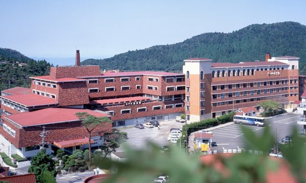 新雲仙 東洋館(旧ホテル東洋館)