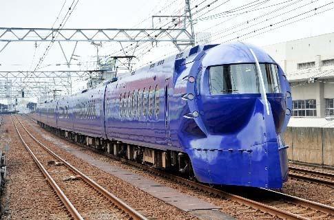 南海電鉄(特急ラピート)