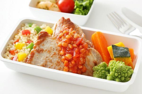 SQ in-flight meal