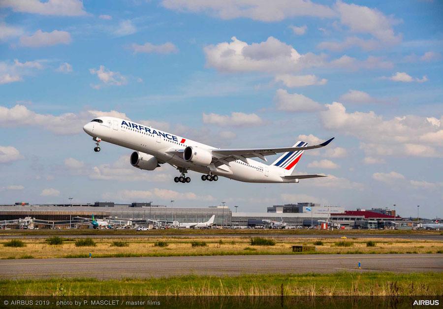 エールフランス航空(エアバスA350-900型機)
