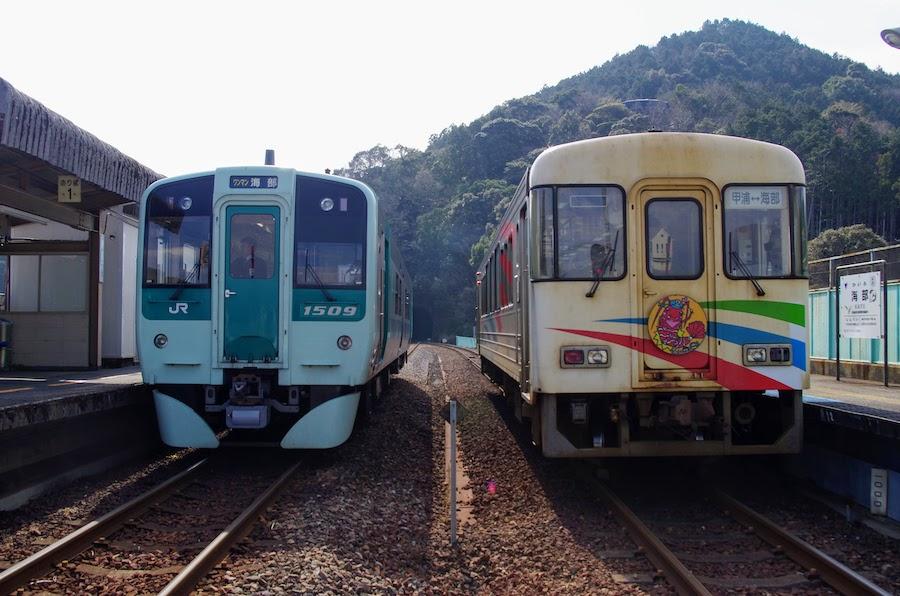 牟岐線 海部駅