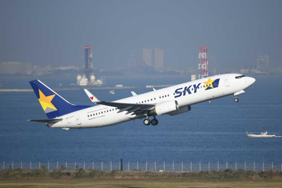 スカイマーク(ボーイング737-800型機、JA737T)