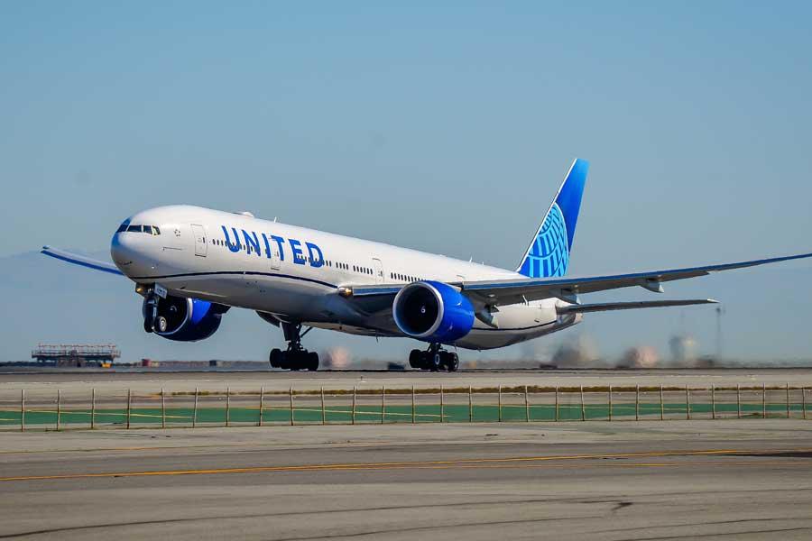 ユナイテッド航空(ボーイング777-300ER型機)