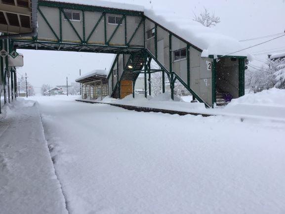 JR東日本、上越線や飯山線などで大雪 2日まで一部終日運転見合わせ ...