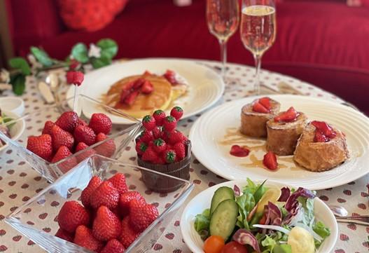 STRAWBERRYCATION~お部屋でいちご狩り~ 朝食