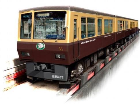 西武園ゆうえんちラッピング電車
