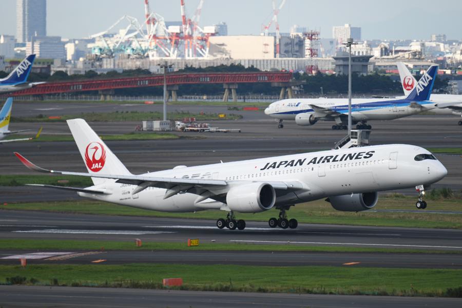 日本航空(エアバスA350-900型機、JA02XJ)